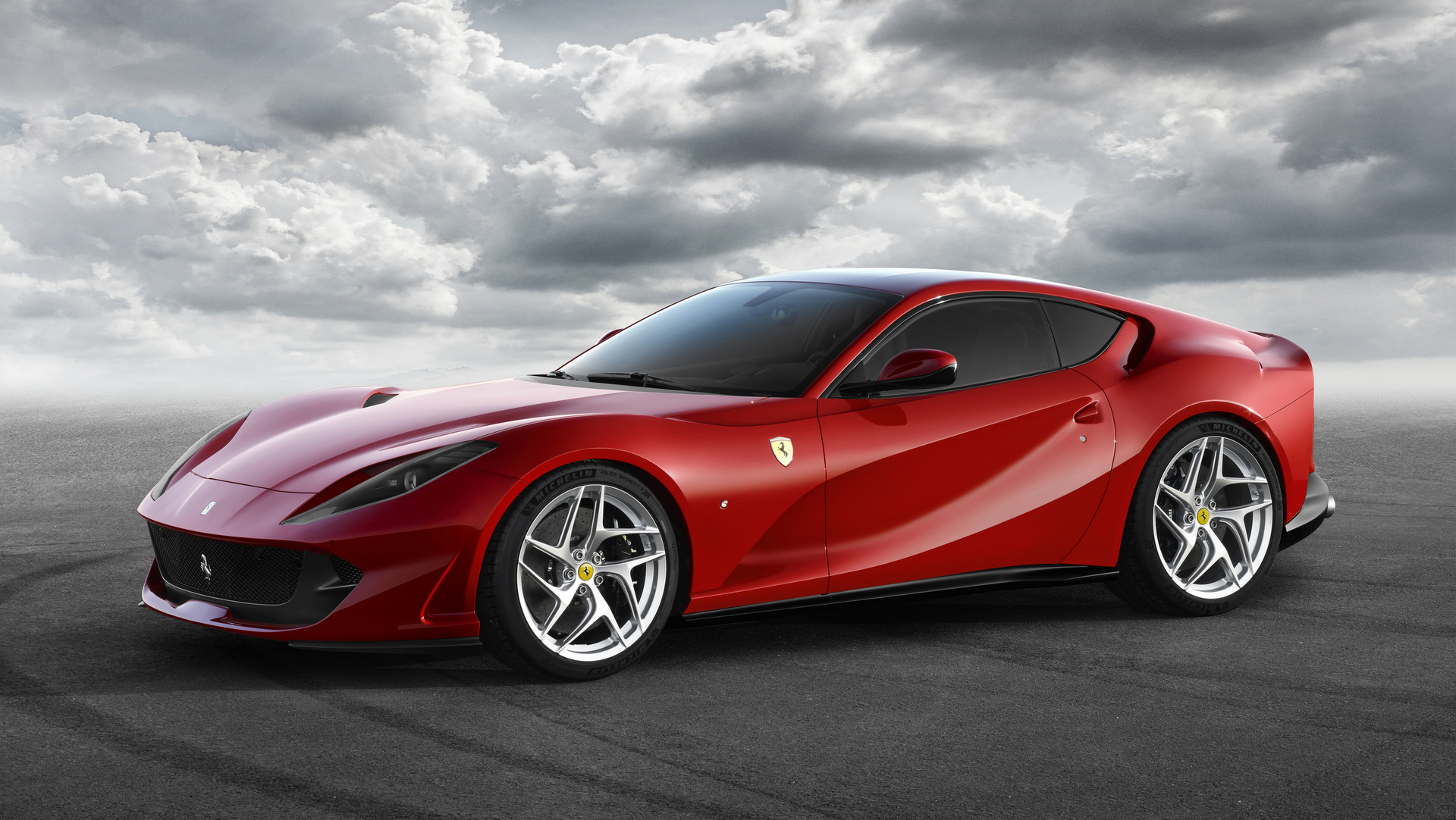 2018 Ferrari 812 Superfast Car Wallpaper Hd And Widescreen
