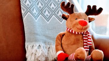 Cute Christmas Deer Toy HD Wallpaper 1920x1080